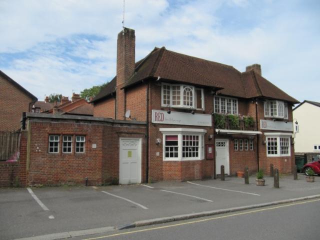 Lost pubs in dorking surrey for Crown motor inn gun hill